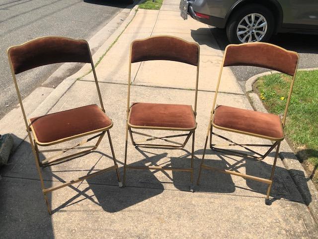 Fabulous Velvet Folding Chairs Reuse America Vintage Warehouse 387 Ncnpc Chair Design For Home Ncnpcorg
