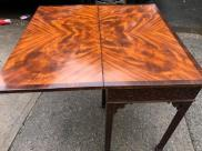 AMAZING DINING TABLE 3