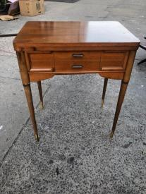 MID CENTURY SMALL WOOD DESK