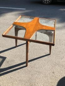 SCULTURAL MID CENTURY SIDE TABLE