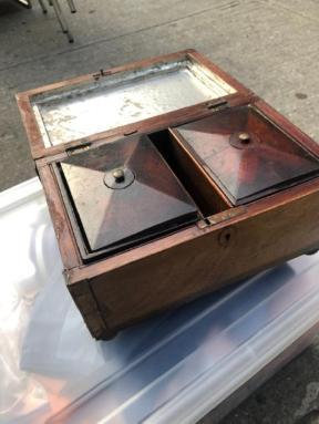 TOBACCO BOX