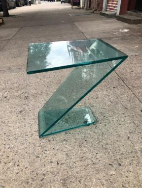 Z GLASS TABLE