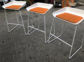 MODERN BAR STOOLS 29.5 HIGH