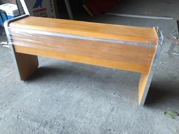 WOOD ENTRANCE TABLE DESK