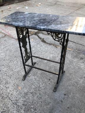 ANTIQUE ENTRANCE TABLE