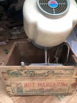 NUT MARGARINE WOOD BOX