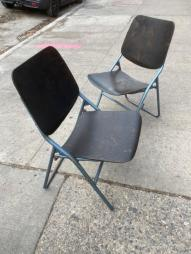 BENT PLYWOOD FOLDING CHAIRS