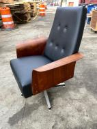 PLYCRAFT CHAIR