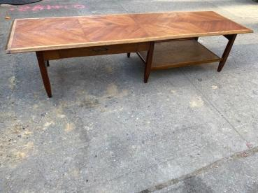 BASSETT MID CENTURY COFFEE TABLE