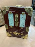 ORIENTAL SMALL JEWELRY CHEST