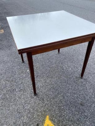 MID CENTURY EXPANDING TEAK TABLE